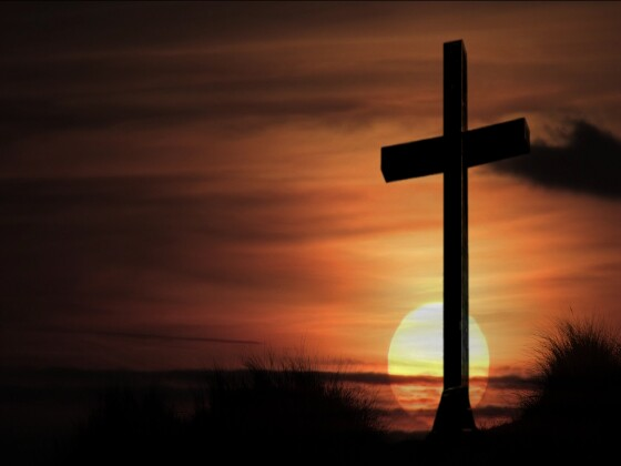 And I Will Cling To The Old Rugged Cross Exchange It Some Day For A Crown Background